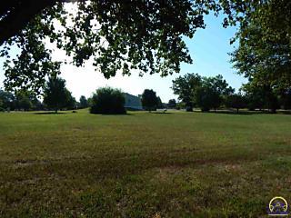 Photo of 1825 Sw 37th St Topeka, KS 66611