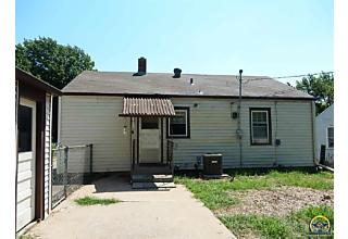 Photo of 2321 Sw Harrison St Topeka, KS 66611