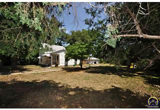 Photo of 608 Sw Kenova Rd Topeka, KS 66606
