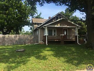 Photo of 2710 Sw Kansas Ave Topeka, KS 66611