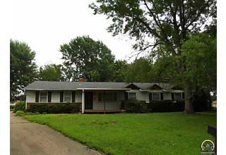 Photo of 3506 Se Shawnee Ct Topeka, KS 66605