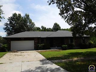 Photo of 3930 Sw Colly Creek Dr Topeka, KS 66610