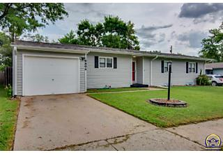 Photo of 6804 Sw Windsong Dr Topeka, KS 66619
