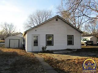Photo of 1823 Nw Tyler St Topeka, KS 66608
