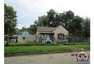 Photo of 323 Nw Fairchild St Topeka, KS 66608