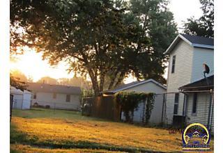 Photo of 2206 Sw Fillmore St Topeka, KS 66611
