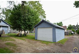 Photo of 706 Ne Ohio Ave Topeka, KS 66616