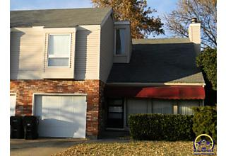 Photo of 2510 Sw 30th St Topeka, KS 66611