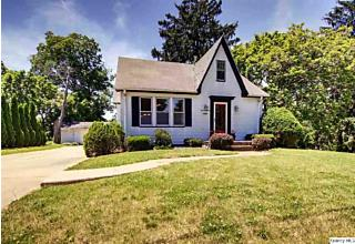 Photo of 1348 S 28th Quincy, IL 62301