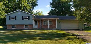 Photo of 701 Chippendale Court Carthage, IL 62321