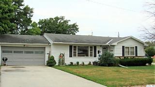 Photo of 835 Christopher Court Quincy, IL 62305