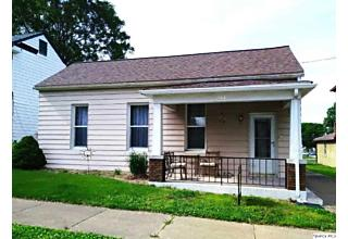 Photo of 647 Adams St Quincy, IL 62301