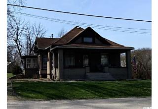 Photo of 405 Camden Rd. Mt. Sterling, IL 62353