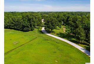 Photo of 528 E County Road 450 Sutter, IL 62373