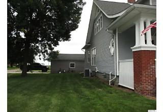 Photo of 301 Albers Golden, IL 62339