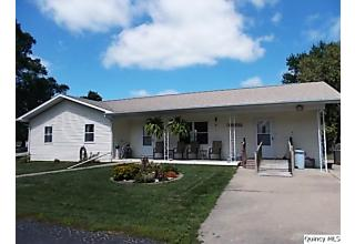 Photo of 602 Center Street Augusta, IL 62311