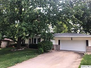 Photo of 3611 Greenfield Quincy, IL 62305