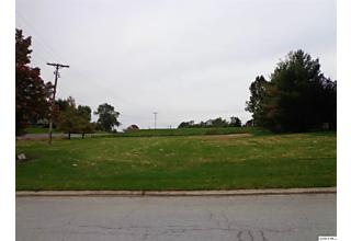 Photo of 501 Sunset Dr Quincy, IL 62305