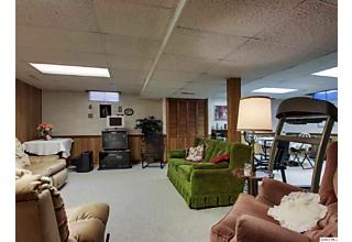 Photo of 1021 Christopher Ct Quincy, IL 62305
