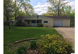 Photo of 1220 Shady Acres Ln Quincy, IL 62305
