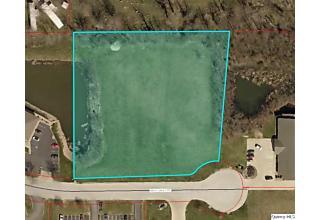 Photo of 3755 E Lake Centre Drive Quincy, IL 62301