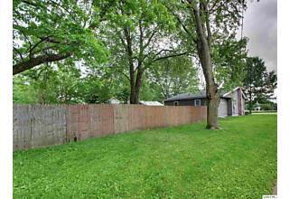 Photo of 231 W Washington Mendon, IL 62351