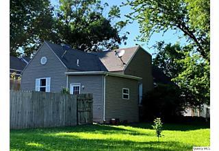 Photo of 610 Van Buren St. Quincy, IL 62301