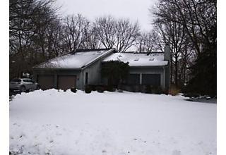 Photo of 98 Lynn Dr Byram Township, NJ 07821