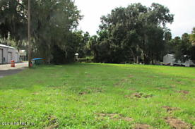 Photo of 217 N Summit St Crescent City, FL 32112