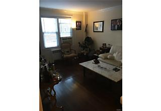 Photo of 1555   Central Park Avenue Yonkers, NY 10710