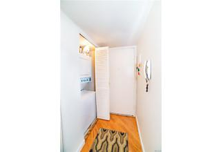 Photo of 10   Stewart Place White Plains, NY 10603