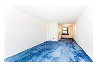 Photo of 4901   Henry Hudson Parkway Bronx, NY 10471