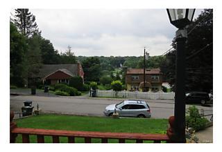 Photo of 32   Grandview Drive Mahopac, NY 10541