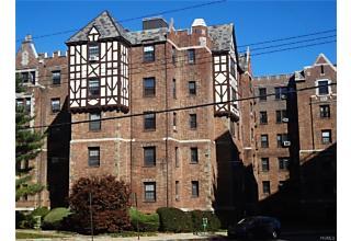 Photo of 23   Old Mamaroneck Road White Plains, NY 10605