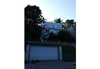 Photo of 265   Edwards Place Yonkers, NY 10701