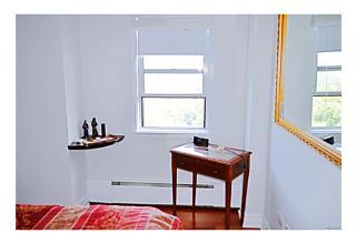 Photo of 615   Palmer Road Yonkers, NY 10701