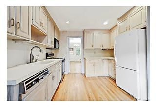 Photo of 223   Albemarle Road White Plains, NY 10605
