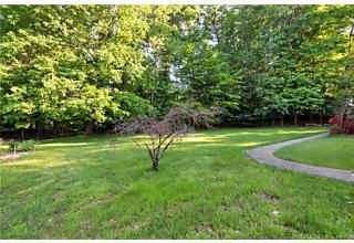 Photo of 9 Still Pond Terrace West Nyack, NY 10994