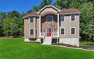 Photo of 43 Swan Hollow Road New Windsor, NY 12553