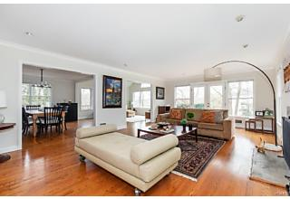 Photo of 22 Aspen Road Scarsdale, NY 10583