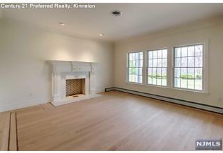 Photo of 834 West Shore Drive Kinnelon Borough, NJ