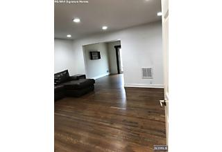 Photo of 5 Fernwood Terrace Nutley, NJ