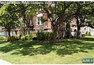 Photo of 407 Highland Avenue Palisades Park, NJ