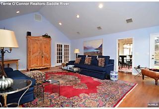 Photo of 14 Grandview Avenue Upper Saddle River, NJ