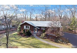 Photo of 19 Allison Road Alpine, NJ