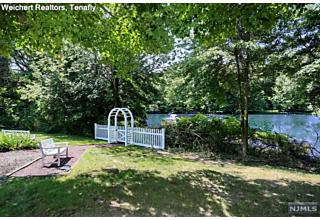 Photo of 22 Pine Lake Terrace River Vale, NJ