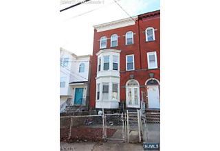 Photo of 132 3rd Avenue Newark, NJ