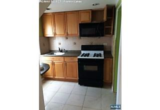 Photo of 278 Stanley Place Hackensack, NJ