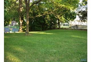 Photo of 915 Hamburg Turnpike Wayne, NJ