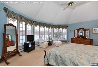 Photo of 1076 Pines Lake Drive Wayne, NJ